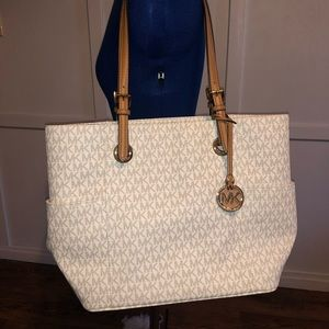 Large Micheal Kors Tote